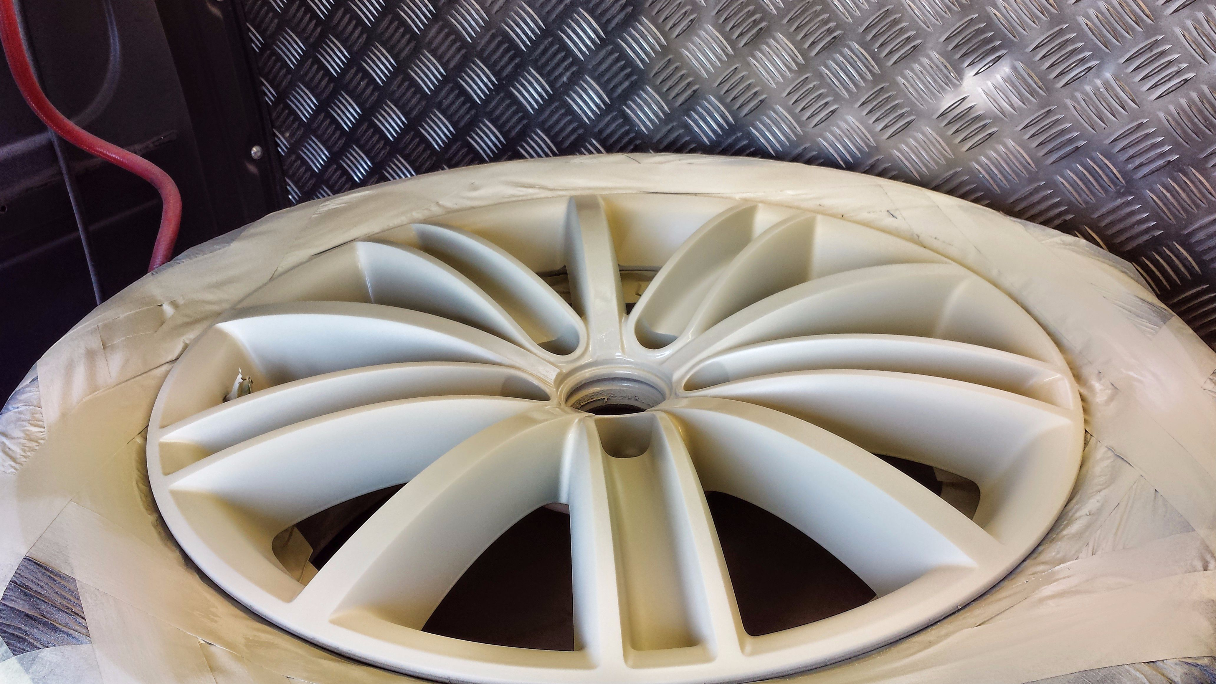 Curbed Alloy wheels?